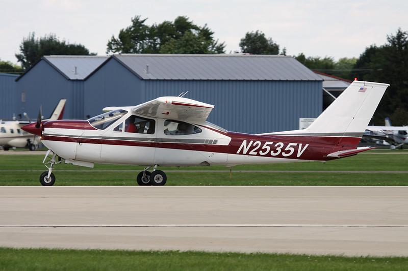 N2535V Cessna 177RG Cardinal RG c/n 177RG-0606 Oshkosh/KOSH/OSH 28-07-10