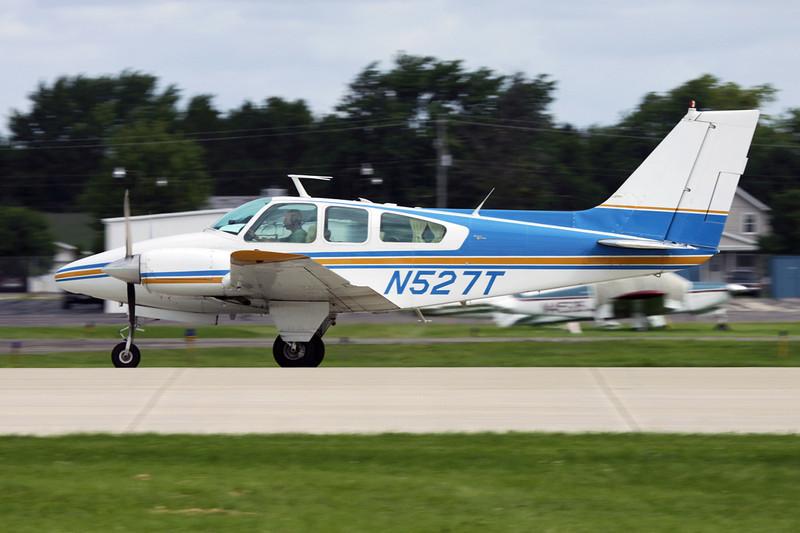 N527T Beech 95-B55 Baron c/n TC-576 Oshkosh/KOSH/OSH 28-07-10