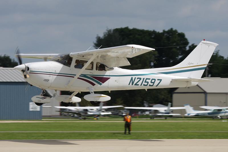 N21597 Cessna 182P c/n 182-61741 Oshkosh/KOSH/OSH 28-07-10