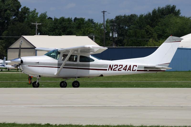 N224AC Cessna R.182 Skylane RG c/n R182-00272 Oshkosh/KOSH/OSH 28-07-10