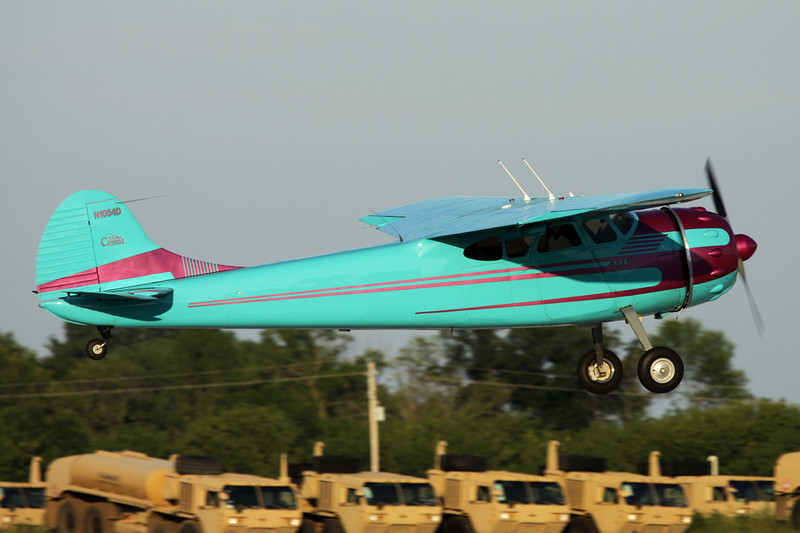 N1054D Cessna 195A c/n 7666 Oshkosh/KOSH/OSH 26-07-10