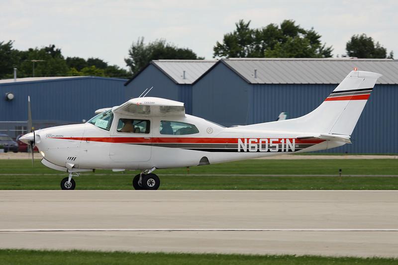 N6051N Cessna T.210M Turbo Centurion c/n 210-62919 Oshkosh/KOSH/OSH 28-07-10