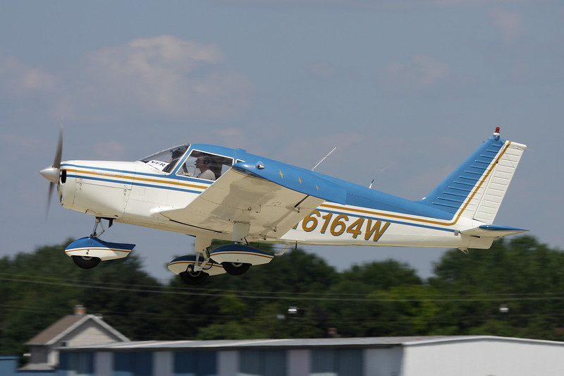 N6164W Piper PA-28-140 Cherokee c/n 28-20182 Oshkosh/KOSH/OSH 29-07-10