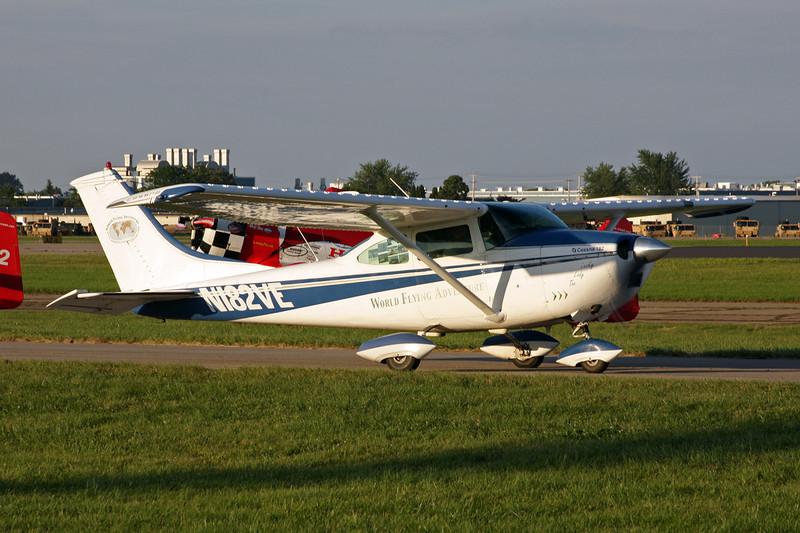 N182VE Cessna 182L c/n 182-58911 Oshkosh/KOSH/OSH 26-07-10