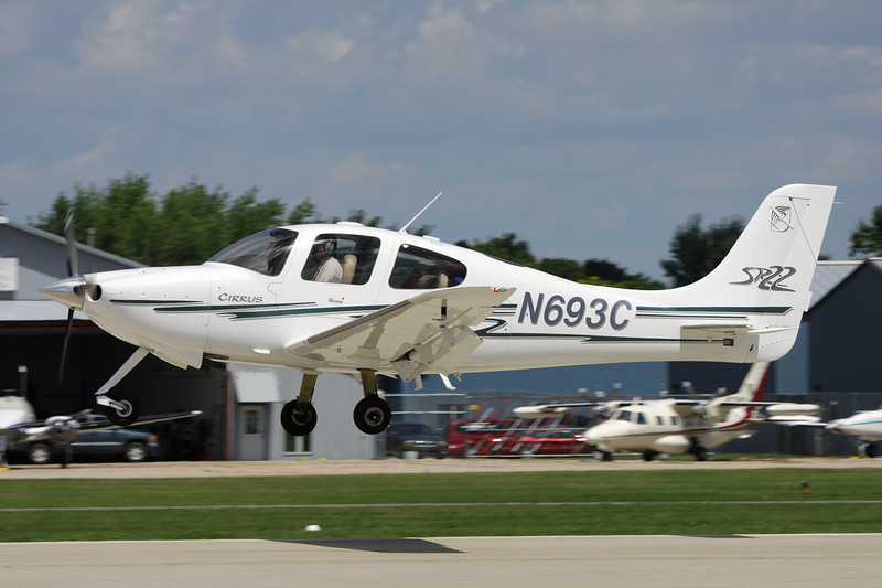 N693C Cirrus Design SR-22 c/n 0438 Oshkosh/KOSH/OSH 28-07-10
