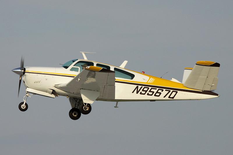 N9567Q Beech V35 Bonanza c/n D-8202 Oshkosh/KOSH/OSH 29-07-10