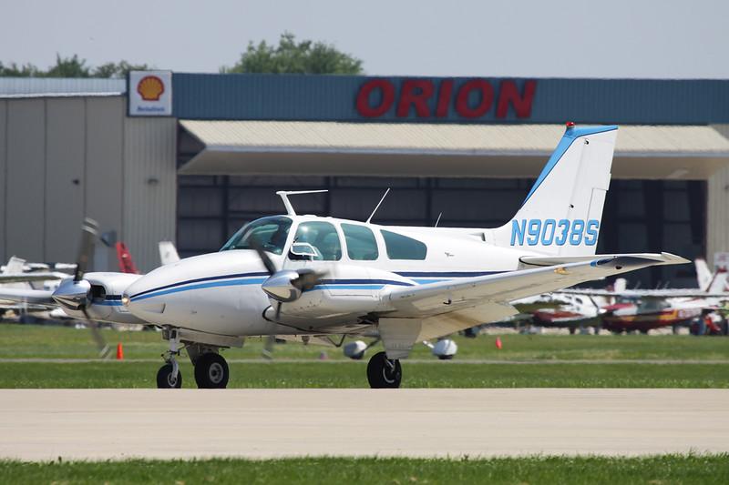 N9038S Beech B55 Baron c/n TC-961 Oshkosh/KOSH/OSH 29-07-10