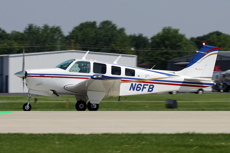 N6FB Beech A36 Bonanza 36 c/n E-1318 Oshkosh/KOSH/OSH 29-07-10