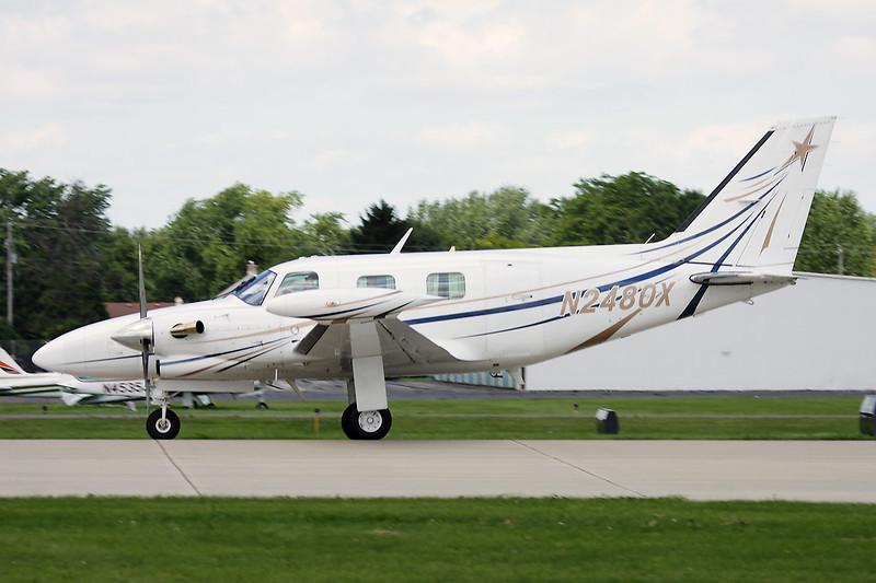 N2480X Piper PA-31T1 Cheyenne I c/n 37T-8104026 Oshkosh/KOSH/OSH 28-07-10