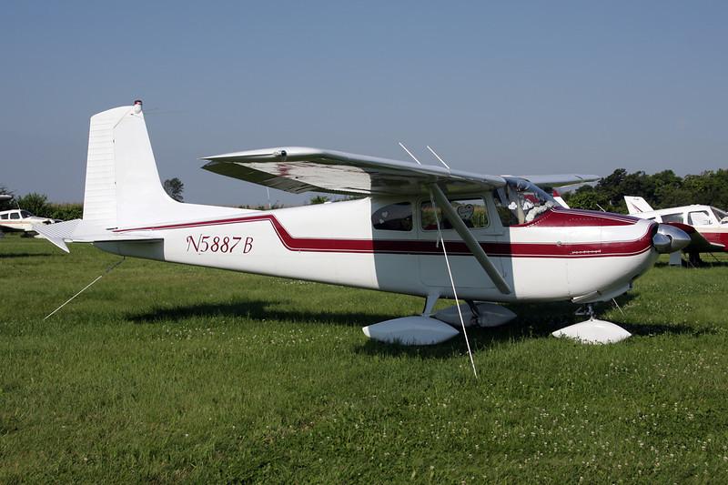 N5887B Cessna 182A c/n 33887 Oshkosh/KOSH/OSH 29-07-10