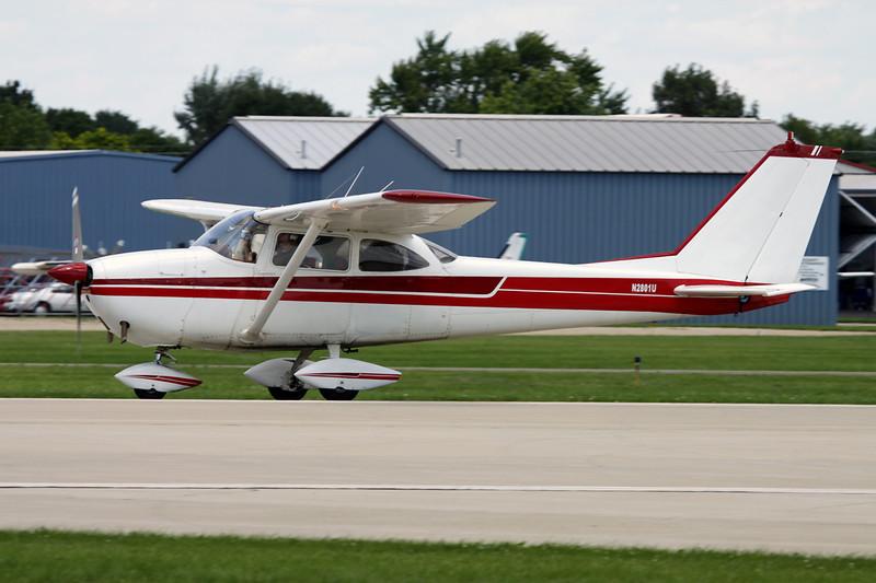 N2801U Cessna 172D c/n 172-50401 Oshkosh/KOSH/OSH 28-07-10