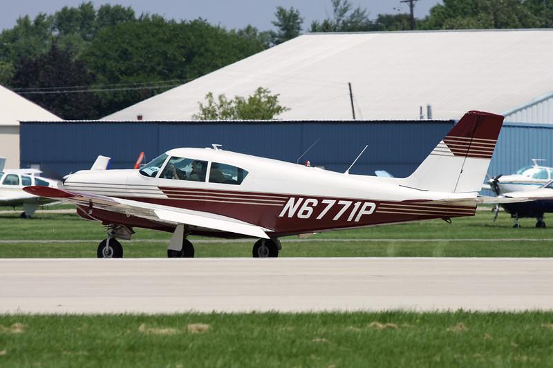 N6771P Piper PA-24-250 Comanche c/n 24-1902 Oshkosh/KOSH/OSH 29-07-10