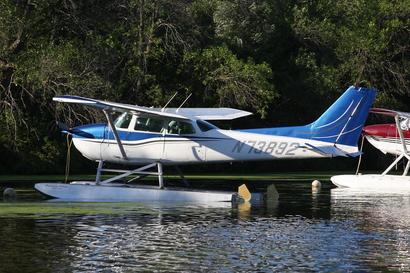 N73892 Cessna 172N c/n 172-67733 Oshkosh/KOSH/OSH 28-07-10