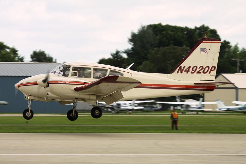 N4920P Piper PA-23-235 Apache c/n 27-510 Oshkosh/KOSH/OSH 28-07-10