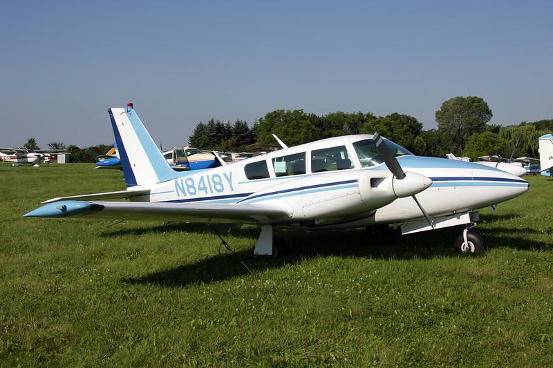 N8418Y Piper PA-30-160 Twin Commanche B c/n 30-1570 Oshkosh/KOSH/OSH 29-07-10