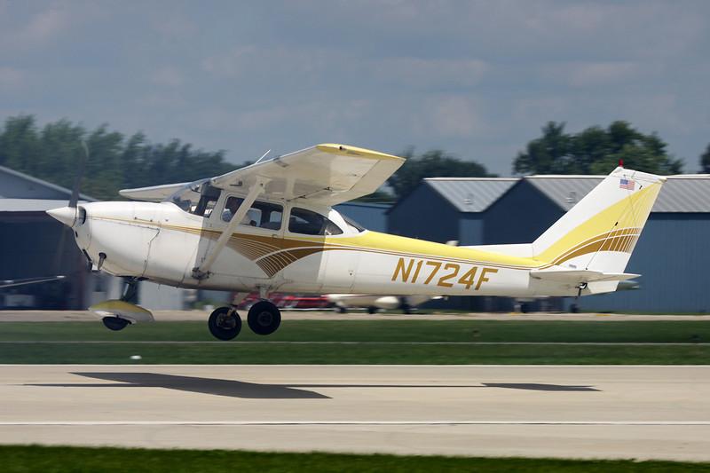 N1724F Cessna 172H c/n 172-55119 Oshkosh/KOSH/OSH 28-07-10