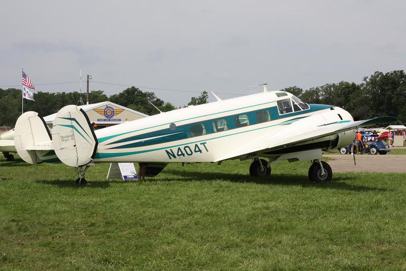 N404T Beech E.18S 9700 c/n BA-432 Oshkosh/KOSH/OSH 27-07-10