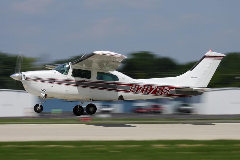 N2075S Cessna T.210 Turbo Centurion c/n 210-61042 Oshkosh/KOSH/OSH 29-07-10