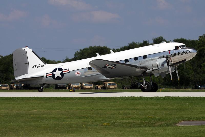 """N8704 Douglas DC-3 TC-47B-30-DK """"Yankee Air Museum"""" c/n 16300 Oshkosh/KOSH/OSH 26-07-10"""