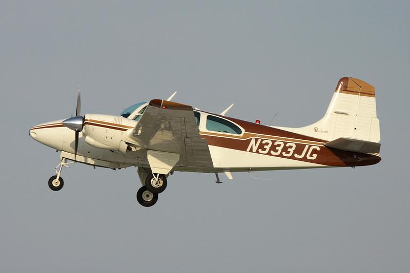 N333JG Beech D95A Travel Air c/n TD-580 Oshkosh/KOSH/OSH 29-07-10