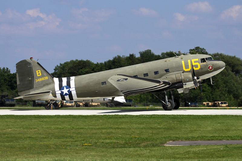 N47SJ (348608/U5-B) Douglas DC-3 C-47B-5-DK c/n 14424 Oshkosh/KOSH/OSH 26-07-10