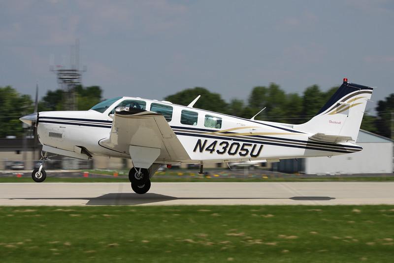 N4305U Beech A36 Bonanza 36 c/n E-3305 Oshkosh/KOSH/OSH 29-07-10