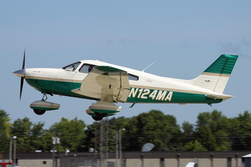 N124MA PIper PA-28-181 Archer III c/n 2843524 Oshkosh/KOSH/OSH 04-08-13