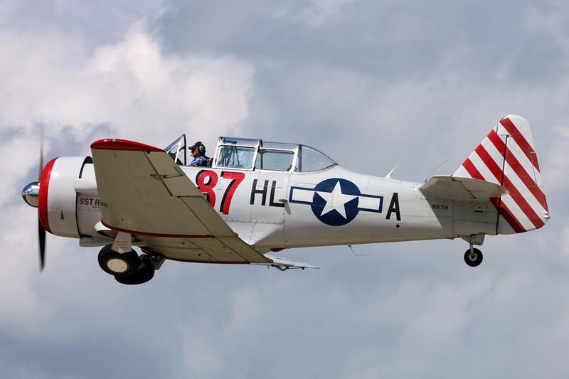 N87H (HL-A/87) North American AT-6D Texan c/n 88-15821 Oshkosh/KOSH/OSH 03-08-13