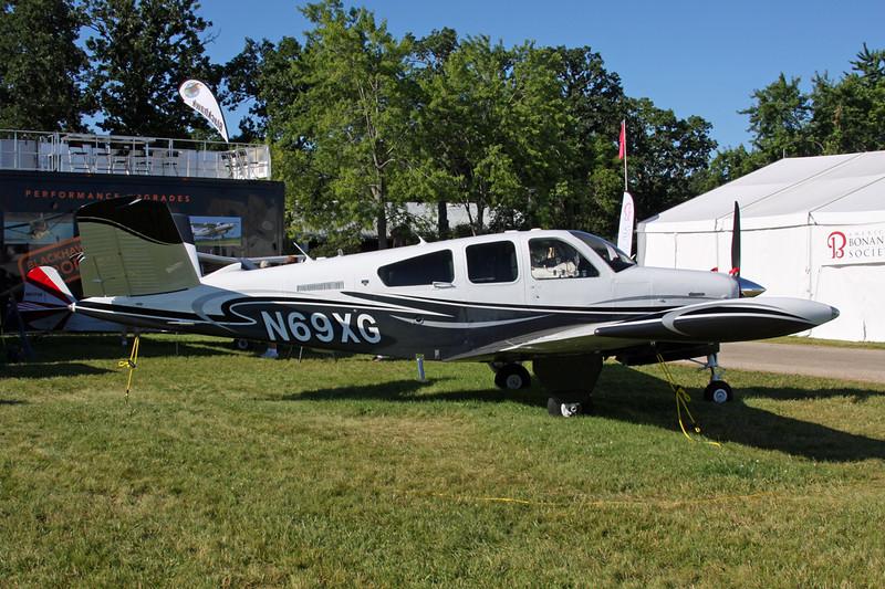 N69XG Beech V35B Bonanza c/n D-9859 Oshkosh/KOSH/OSH 03-08-13