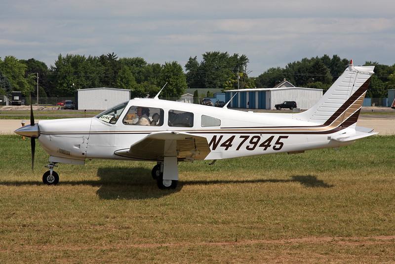 N47945 Piper PA-28R-201 Arrow III c/n 28R-7837018 Oshkosh/KOSH/OSH 27-07-16