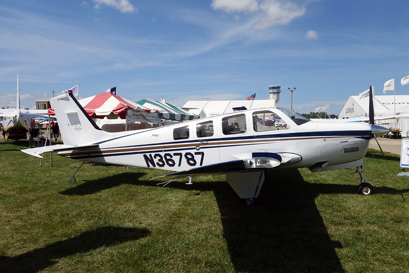 N36787 Beech A36 Bonanza 36 c/n E-3587 Oshkosh/KOSH/OSH 30-07-16
