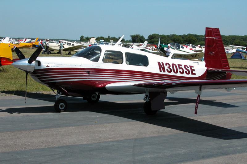 N305SE Mooney M.20K c/n 25-0377 Kemble/EGBP 12-07-03