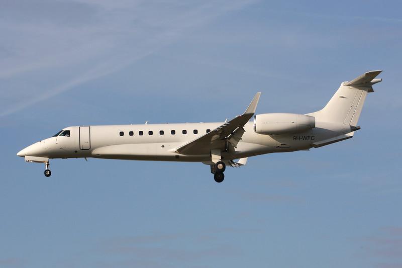 9H-WFC Embraer ERJ-135BJ Legacy 600 c/n 14500988 Paris-Le Bourget/LFPB/LBG 01-10-14