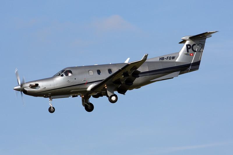 HB-FOW Pilatus PC-12-45 c/n 411 Paris-Le Bourget/LFPB/LBG 01-10-14