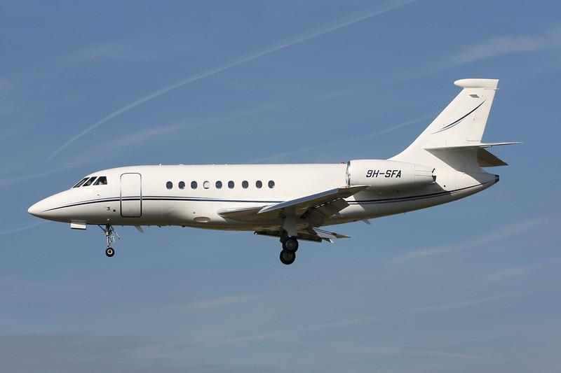 9H-SFA Dassault Falcon 2000EX EASy c/n 39 Paris-Le Bourget/LFPB/LBG 01-10-14