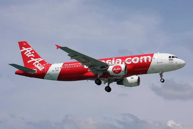 HS-ABP Airbus A320-216 c/n 4367 Phuket/VTSP/HKT 25-11-16