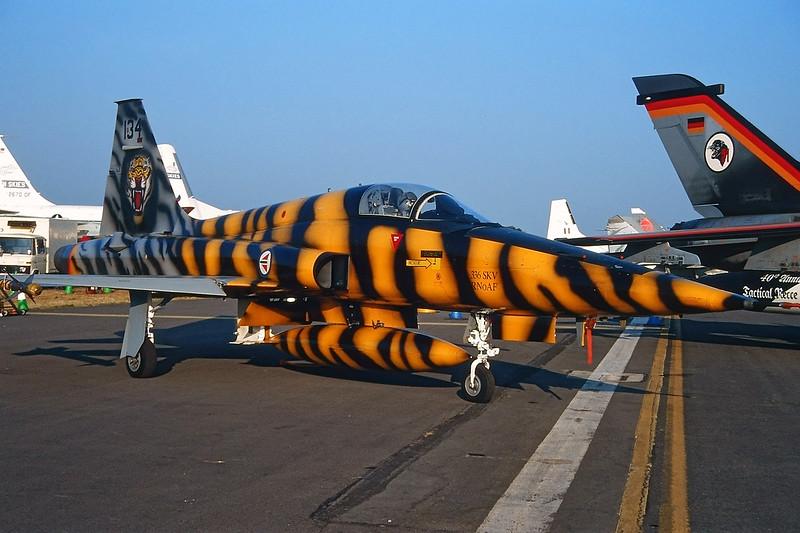 "134 Northrop F-5A Freedom Fighter ""Royal Norwegian Air Force"" c/n N7078 Fairford/EGVA/FFD 25-07-99 (35mm slide)"