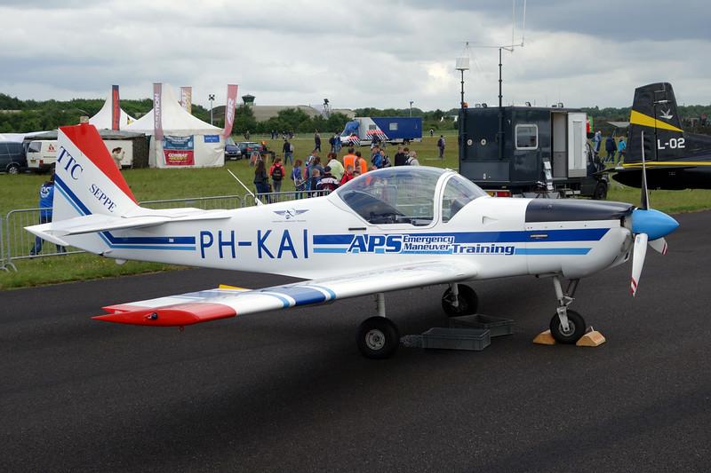 PH-KAI Slingsby T.67M Firefly c/n 2038 Gilze-Rijen/EHGR 20-06-14