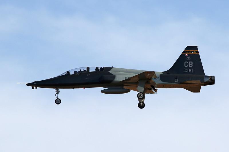 "68-8181 (CB) Northrop T-38C ""United States Air Force"" c/n T.6186 Luke/KLUF/LUF 30-01-18"