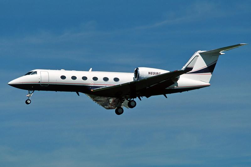 N691RC Gulfstream G4 c/n 1079 Los Angeles/KALX/LAX 08-03-04 (35mm slide)
