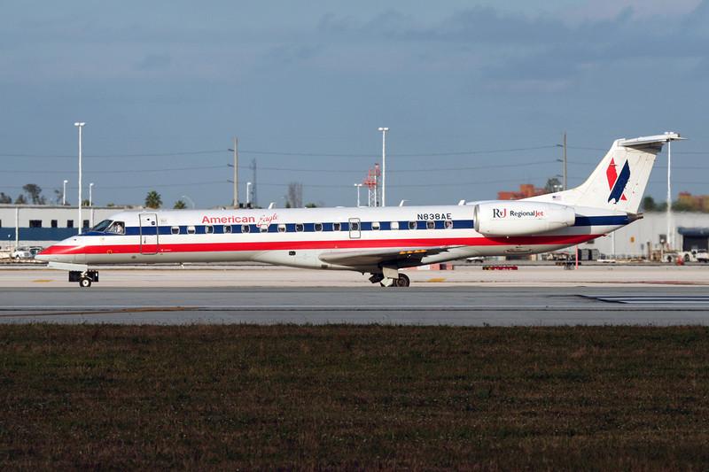 N838AE Embraer ERJ-140LR c/n 145651 Miami/KMIA/MIA 04-12-08