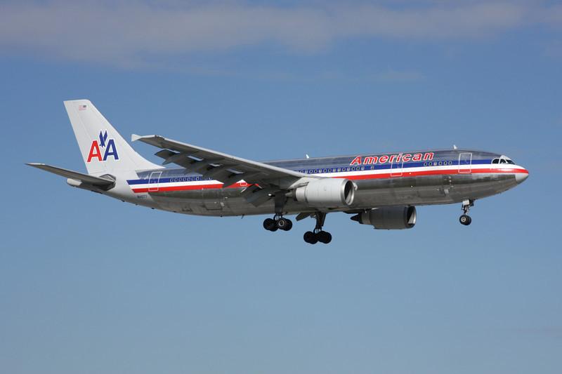 N14077 Airbus A300B4-605R c/n 612 Miami/KMIA/MIA 04-12-08