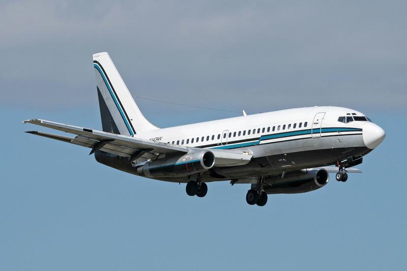 """N147AW Boeing 737-297 """"Decatur Aviation"""" c/n 22630 Miami/KMIA/MIA 04-12-08"""