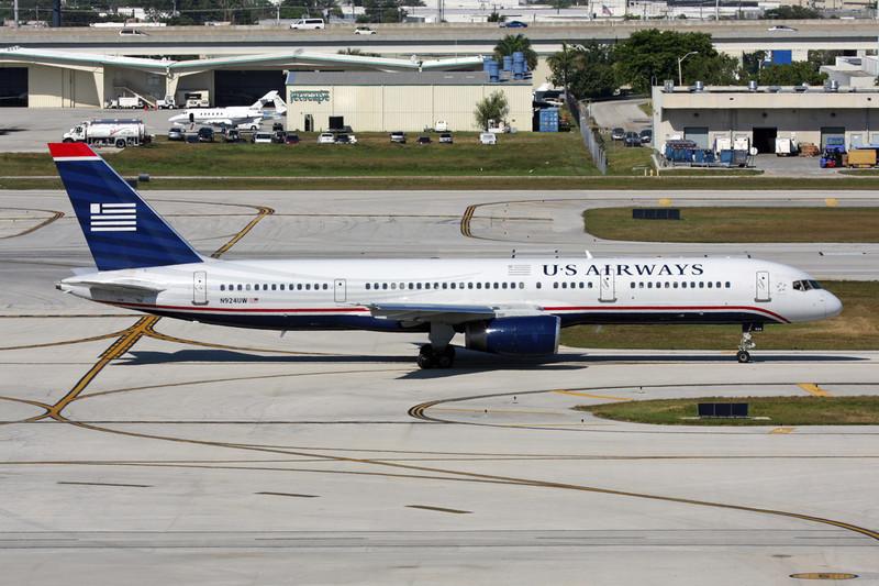 N924UW Boeing 757-225 c/n 22204 Fort Lauderdale-International/KFLL/FLL 02-12-08