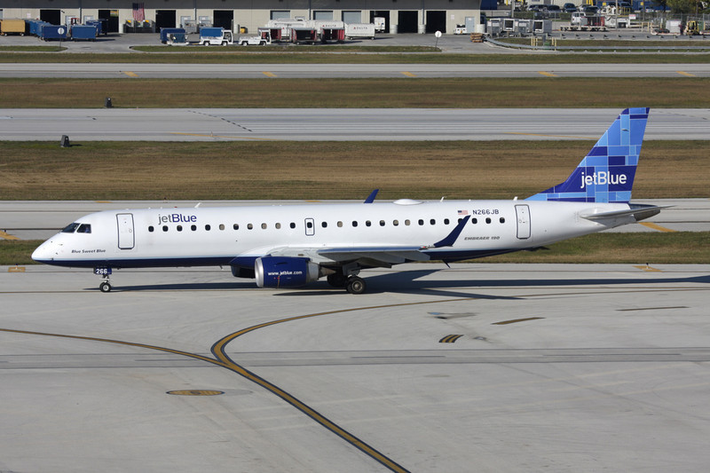 "N266JB Embraer Emb-190-100IGW c/n 19000054 Fort Lauderdale-International/KFLL/FLL 02-12-08 ""Mosaic"""