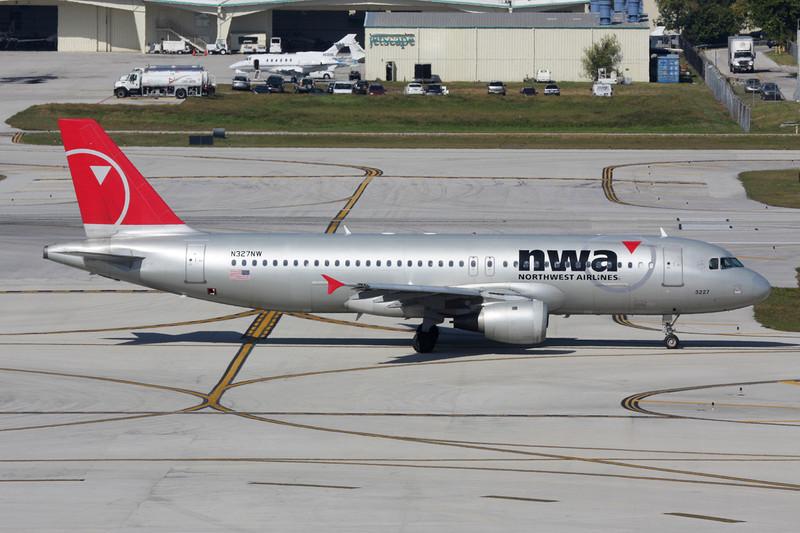 N327NW Airbus A320-211 c/n 0297 Fort Lauderdale-International/KFLL/FLL 02-12-08