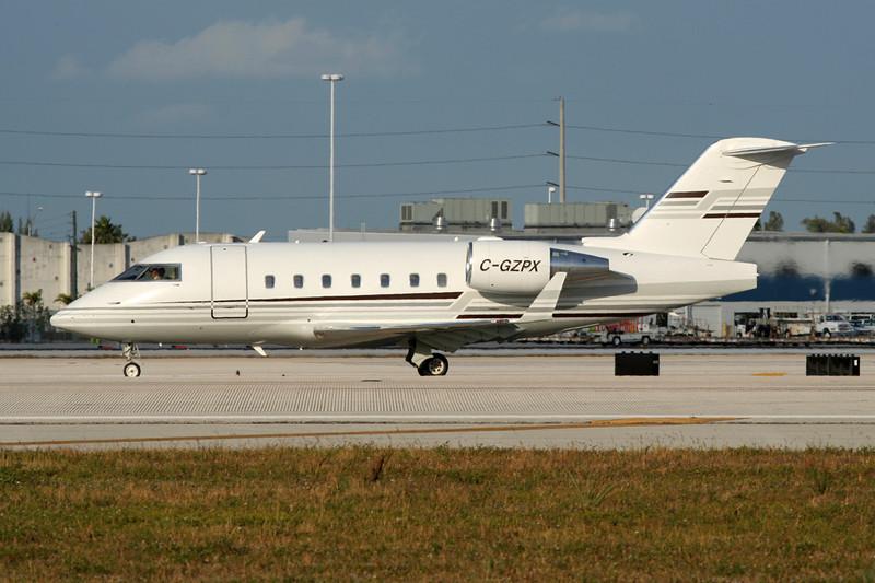 C-GZPX Bombardier 604 Challenger c/n 5458 Miami/KMIA/MIA 04-12-08