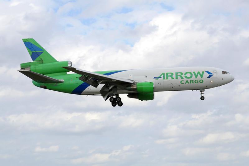 "N526MD Douglas DC-10-30F ""Arrow Air"" c/n 46998 Miami/KMIA/MIA 04-12-08"