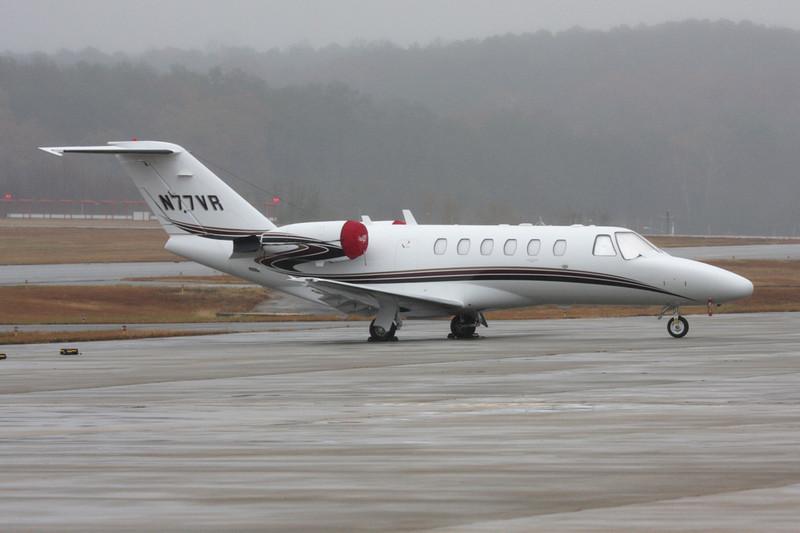 N77VR Cessna 525A Citation Jet 2 c/n 525A-0240 Fulton-County/KFTY/FTY 30-11-08