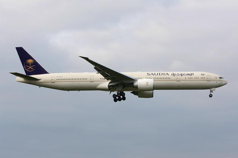 "HZ-AK19 Boeing 777-368ER ""Saudia"" c/n 41056 Heathrow/EGLL/LHR 13-09-14"